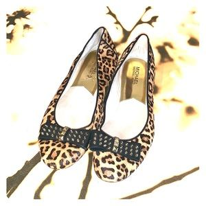 Micheal Kors  leopard Studded ballet slippers